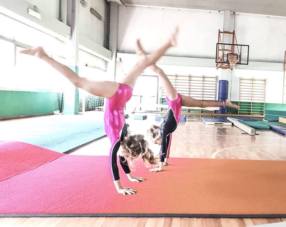 ginnastica-artistica-zelarino-verticale-bambine