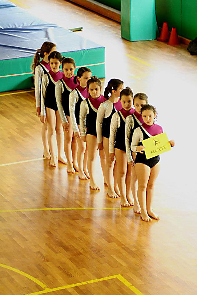 bambine-ginnaste-ginnastica-artistica-mestre-olimpia-gym-1